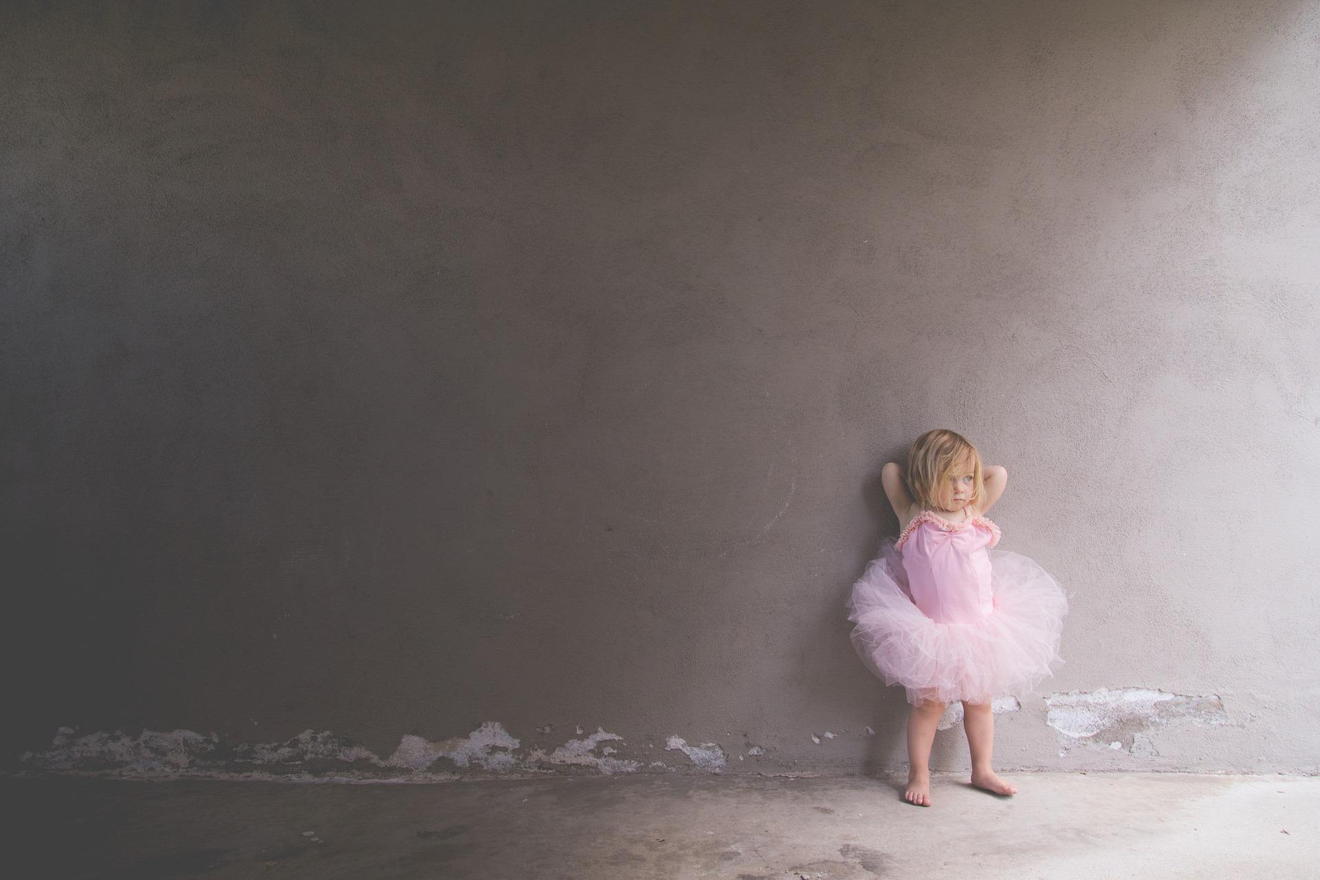 jak dzieciństwo wpływa na dorosłość